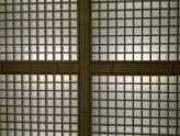Kreuz auf Raster