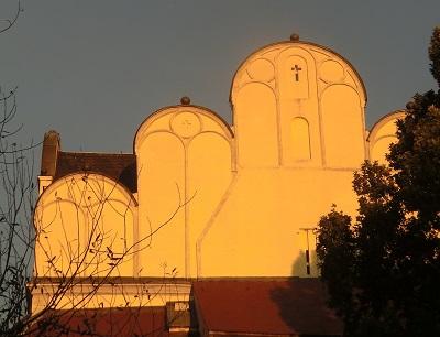 dei linke Seite vom Dom in Halle (Saale) im Sonnenlicht