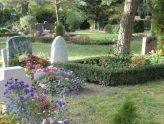 Ansicht von Gräbern auf einem Friedhof