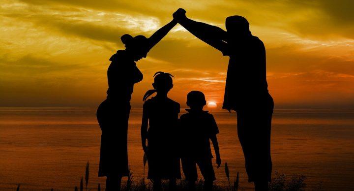 Eltern schützen ihre Kinder